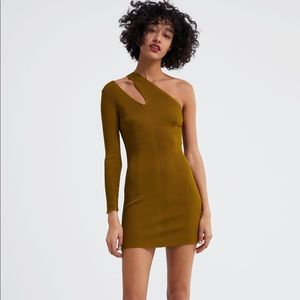 NWT's Zara Sexy Dress with Cut Outs Size Large L